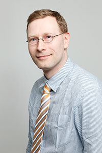 Dr. Andreas Ahrens
